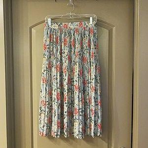 Like New Midi Length Floral Skirt